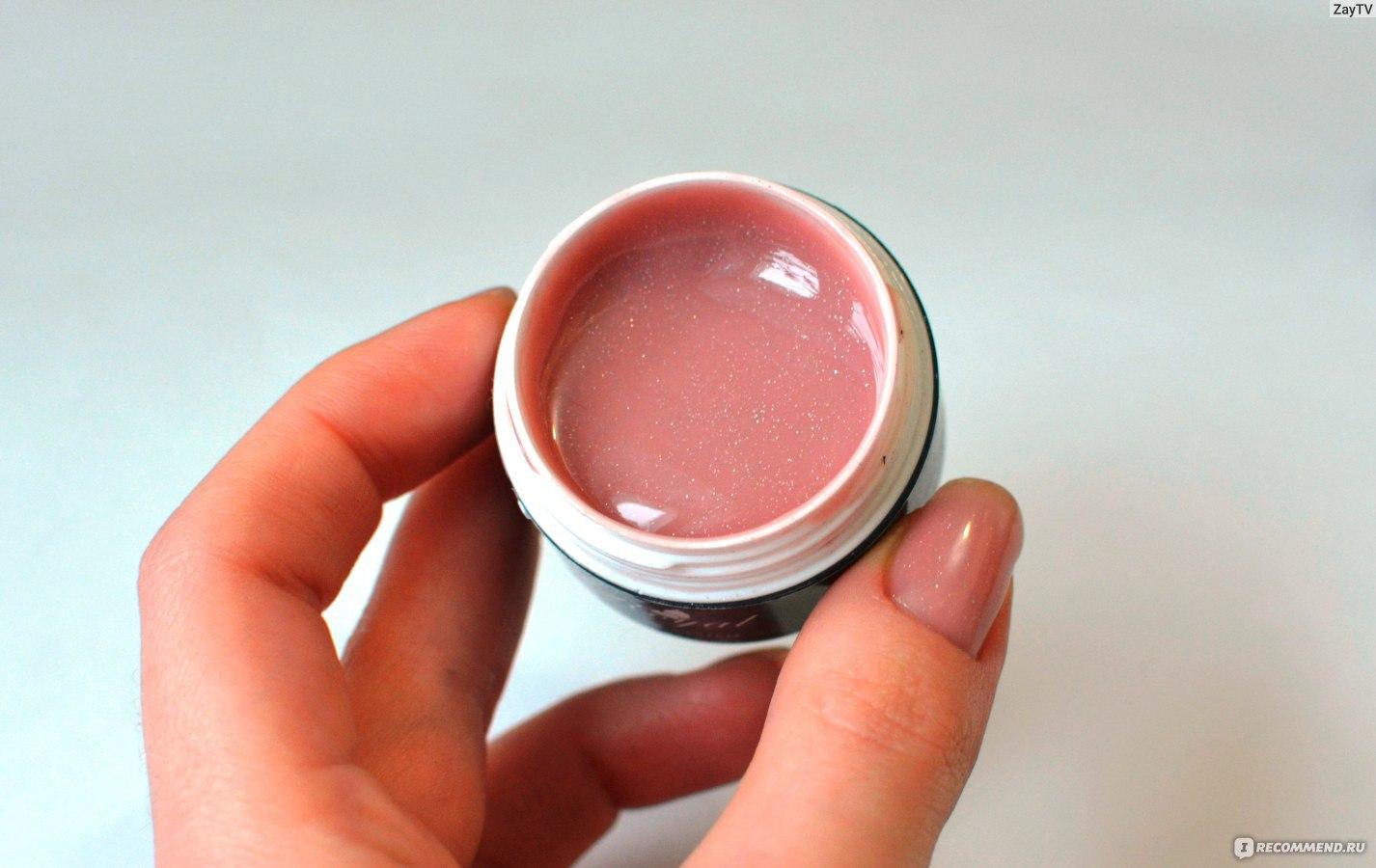 Розовый гель для наращивания ногтей фото