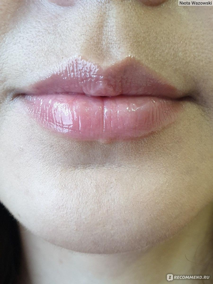 фото влажных губ