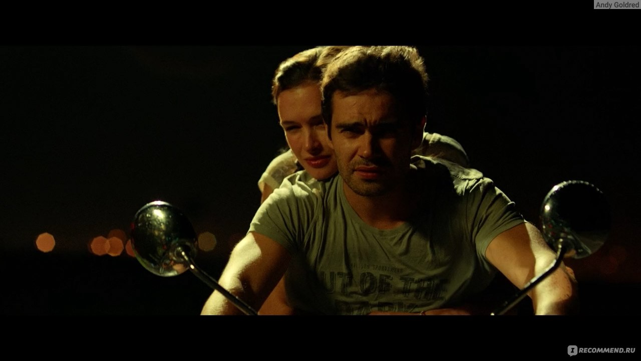 фильм саранча 2015 смотреть полностью