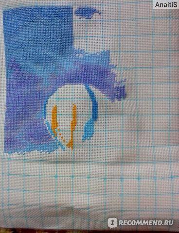 Начала вышивать по цветам