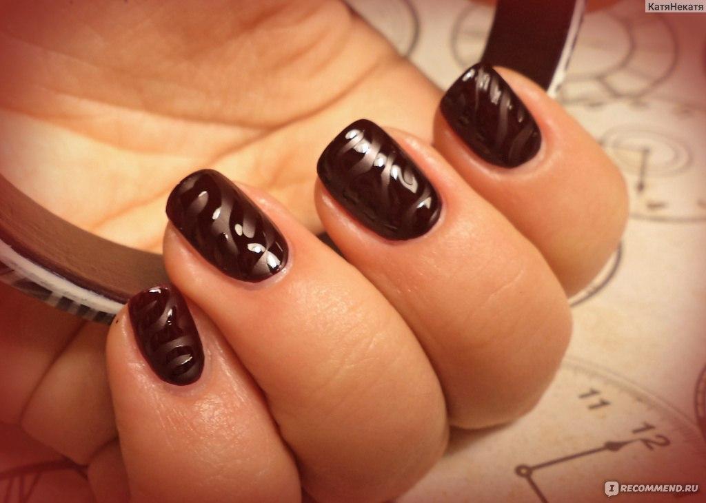 Дизайн ногтей темная вишня