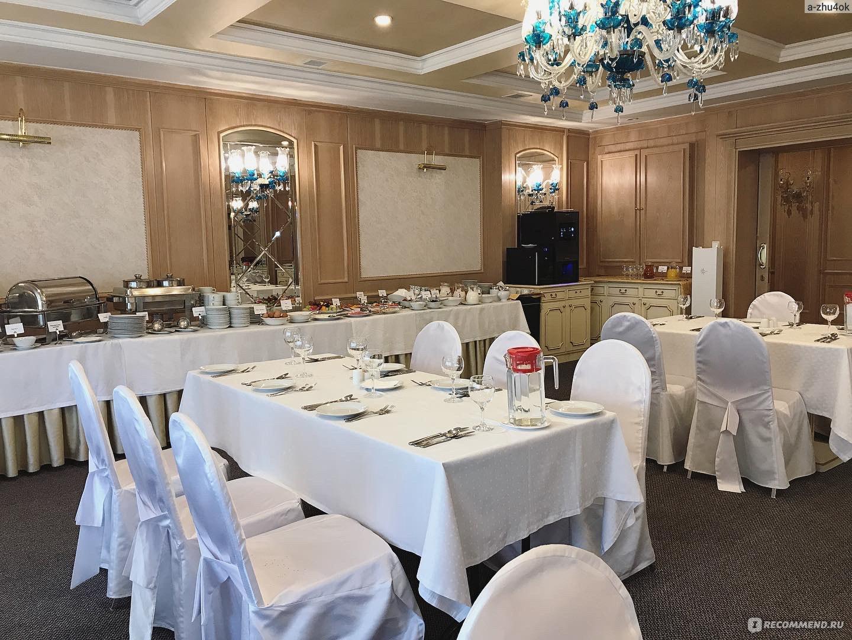 Ресторан состоит из трех таких небольших залов