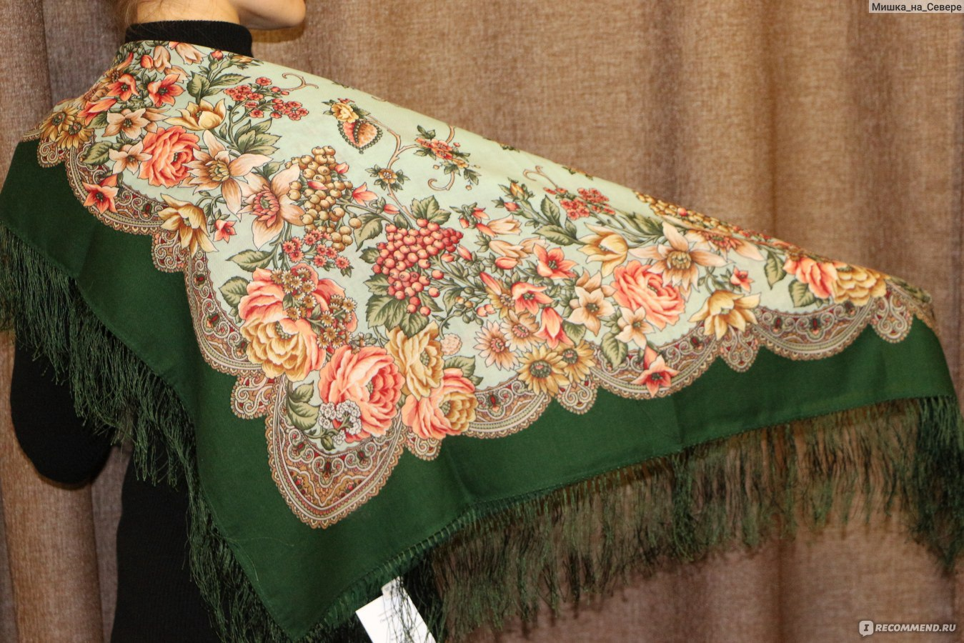Платок марья-искусница, 89х89см,  платок шерстяной с шелковой бахромой и набивным авторским рисунком песня леля.