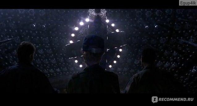 Фото из кинофильма сквозь горизонт — img 14