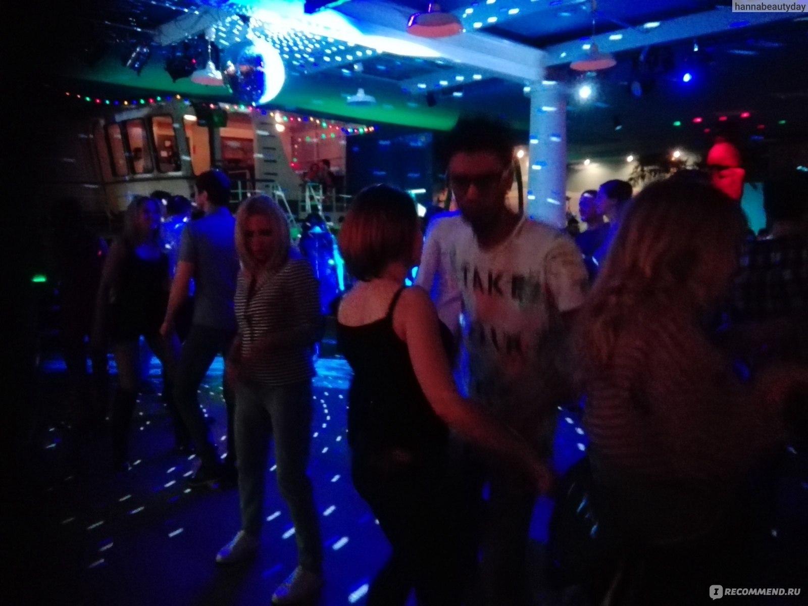 Клуб москвы тики полы ночные клубы