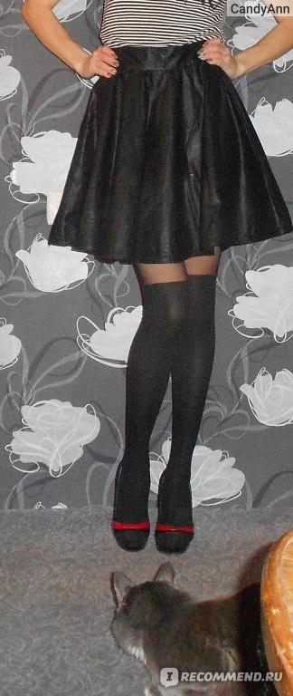 Она приподняла юбку лижи фото 36-32