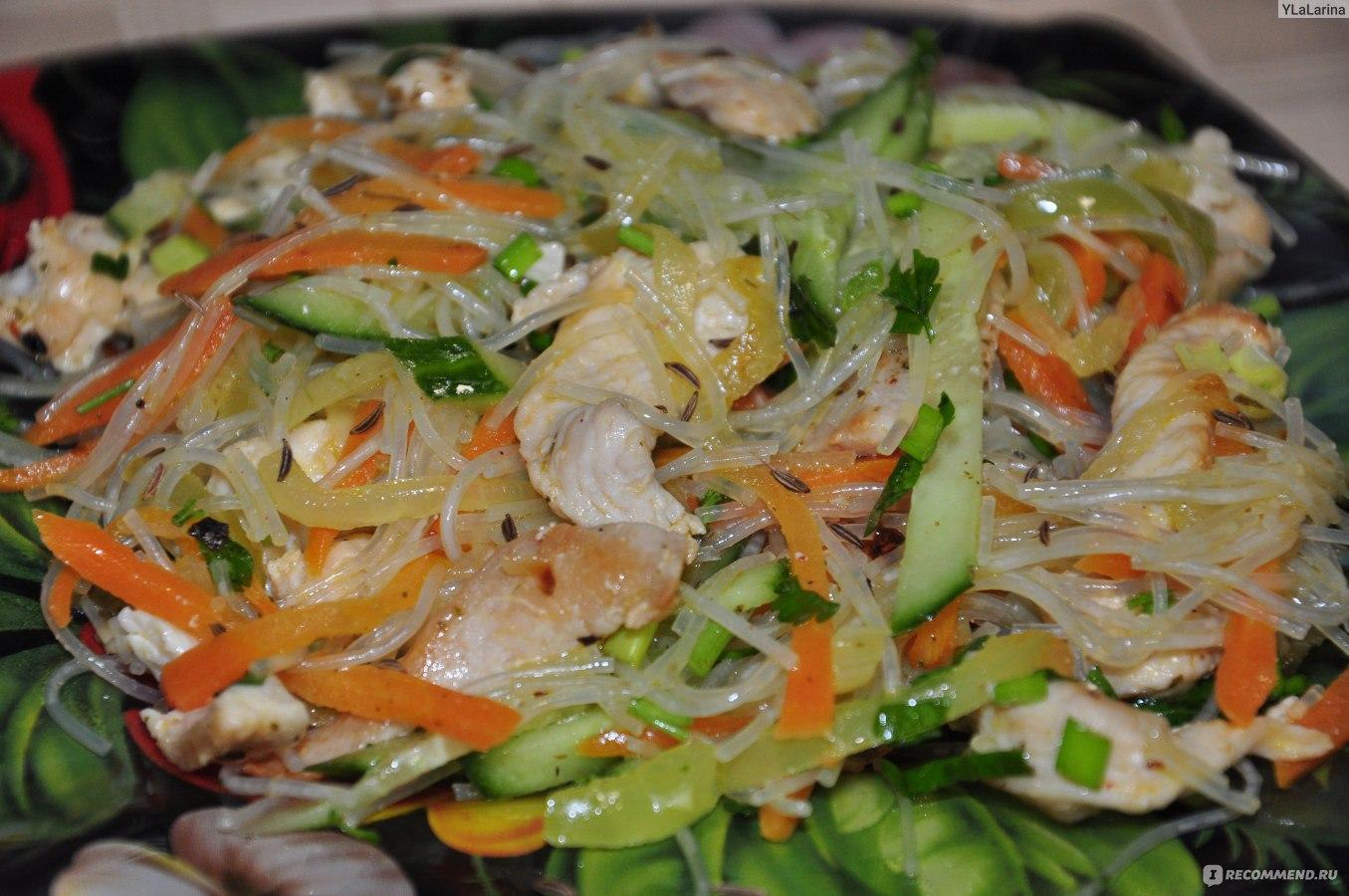 Салат с фунчозой и креветками пошаговый рецепт