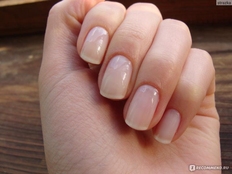 Естественный маникюр на короткие ногти