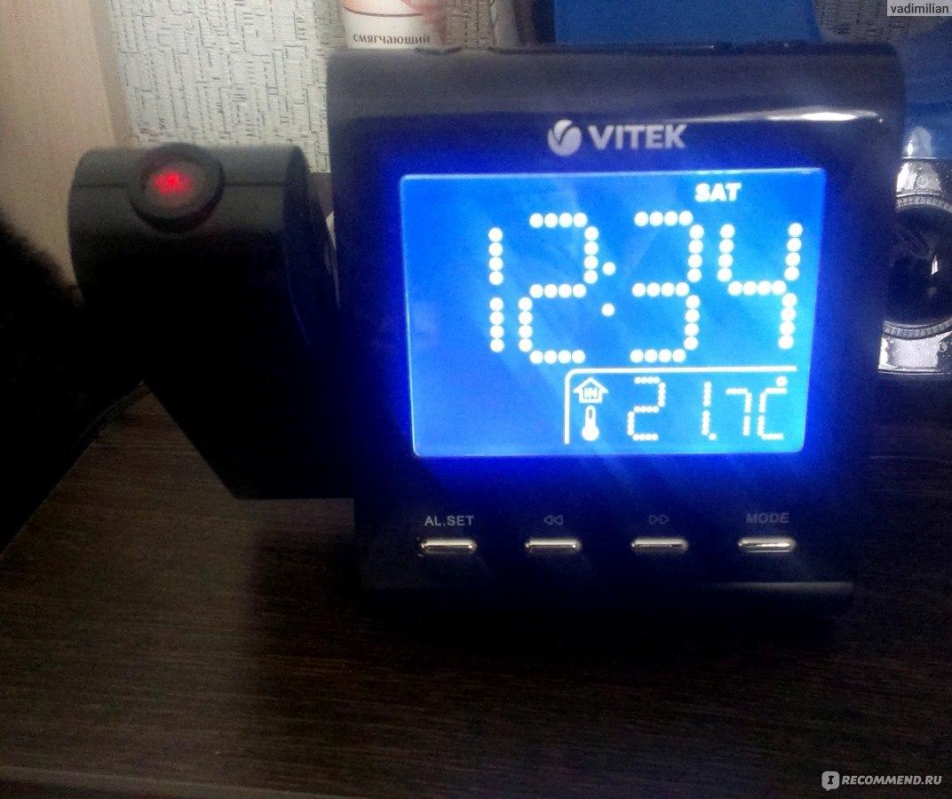В режиме прослушивания радио нажмите кнопку snooze/sleep/ nap, на дисплее начнут мигать символы «90», что означает автоматическое отключение радио через 90 минут.
