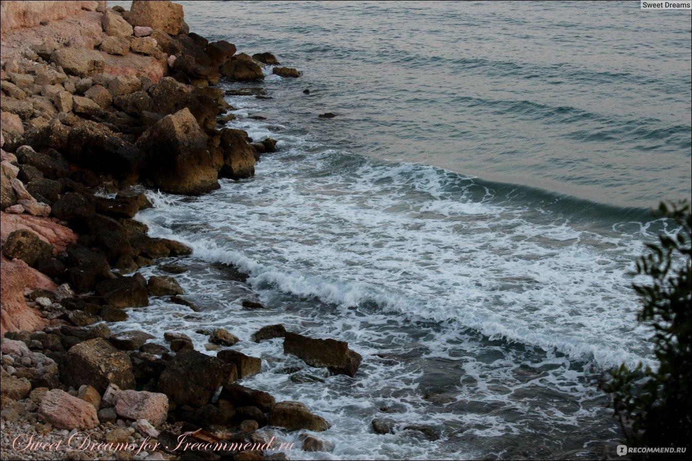 Где море теплое в конце июня