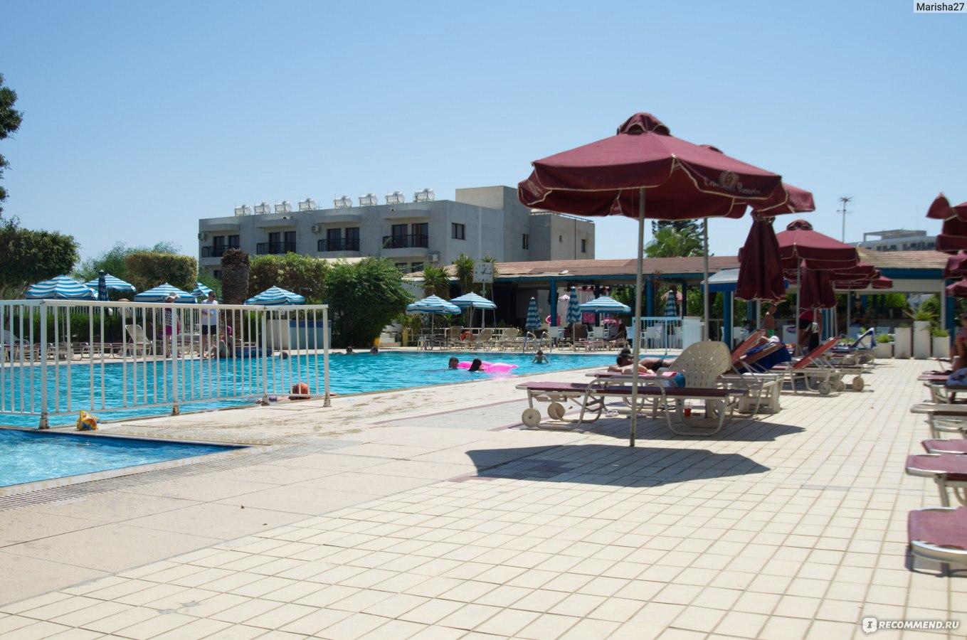 Crown resorts elamaris 3 фото пляжа