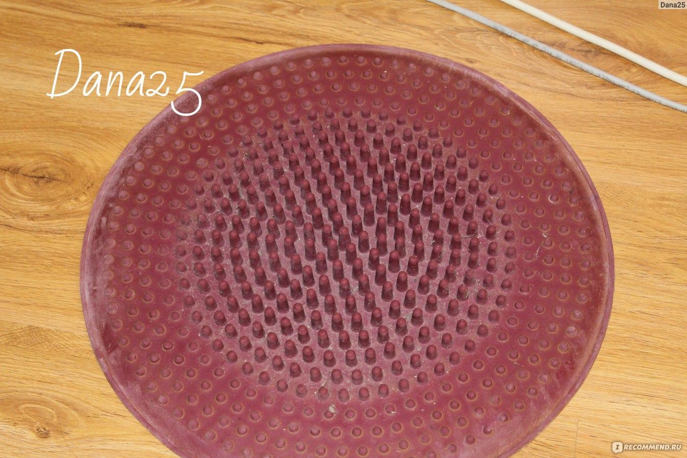 Коврик массажный круглый из резины на основе натурального каучука d 39 см