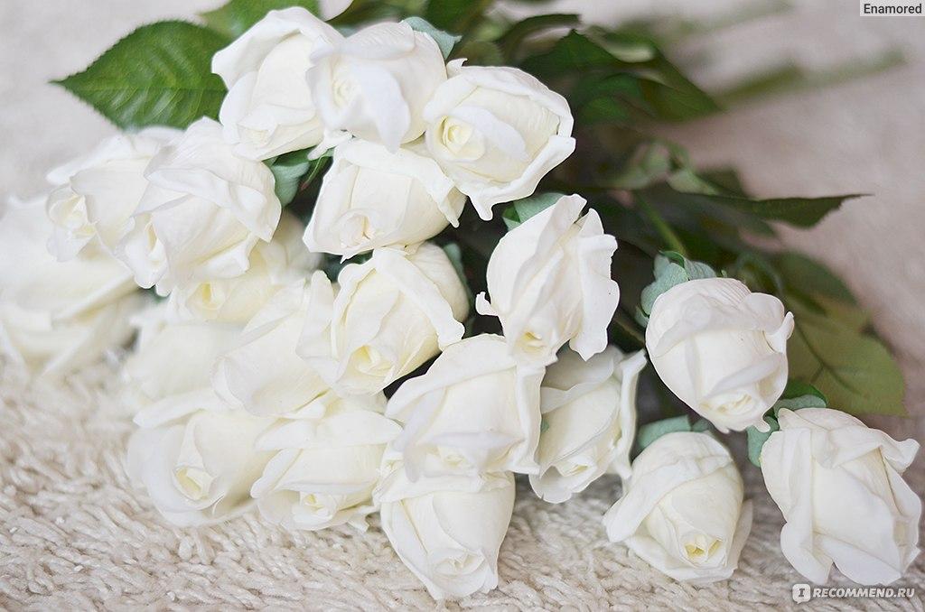 Цветы красивые букеты белые розы с 99