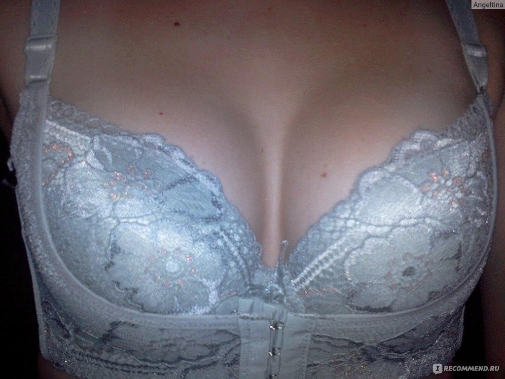 sperma-na-grudi-foto-krupno-porno-izvrasheniya-tokom
