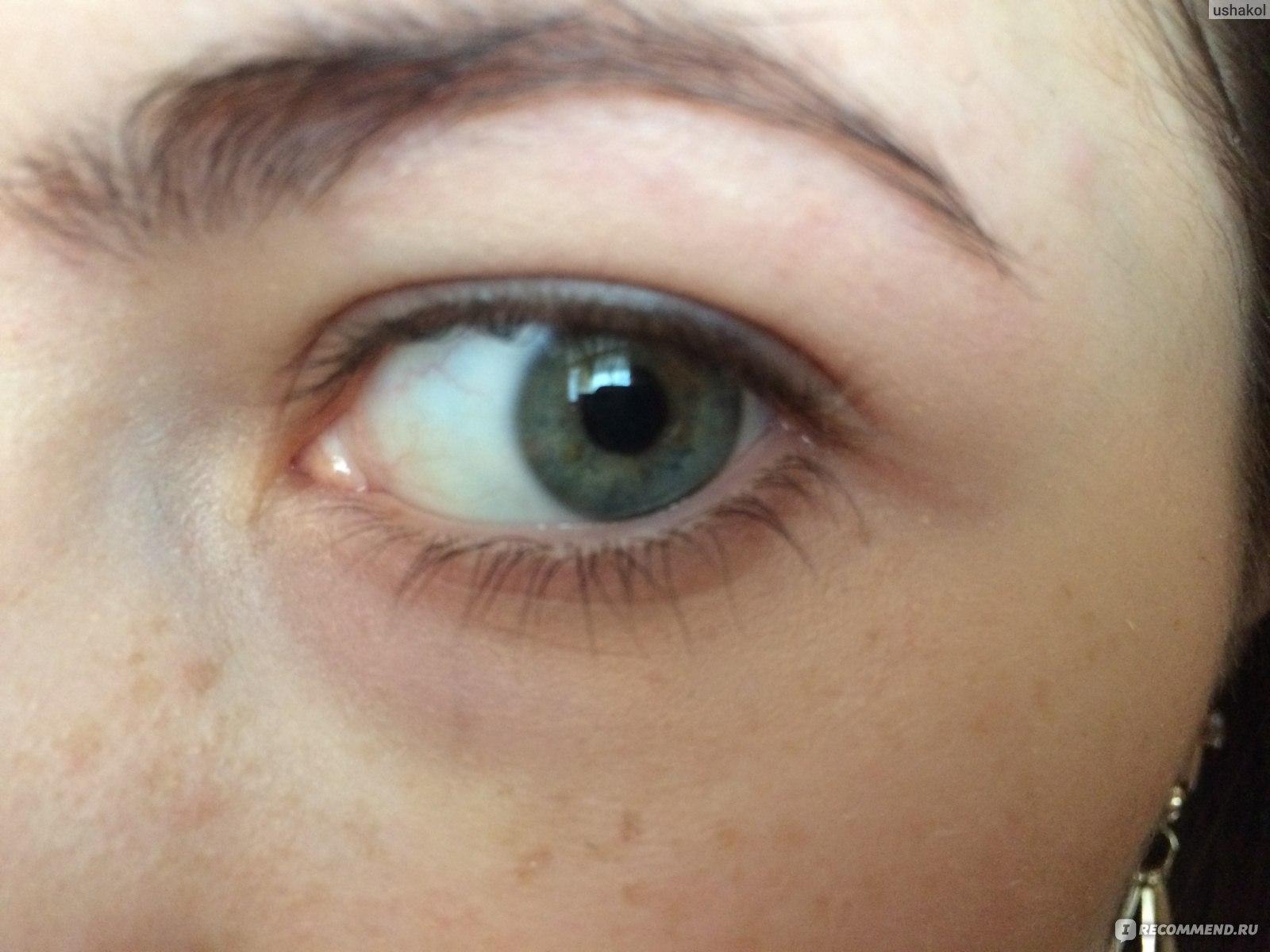 Для этих целей у меня специальный корректор для глазок от живанши, на тон светлее кожи.