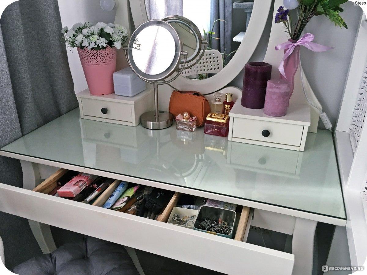 столик туалетный с зеркалом икеа серия хемнэс каждое утро