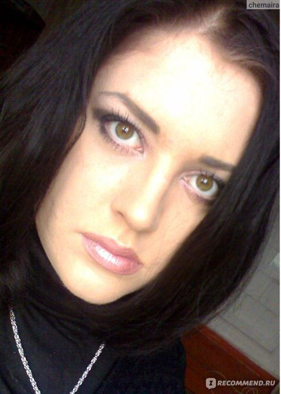 Обычная девушка с каре фото