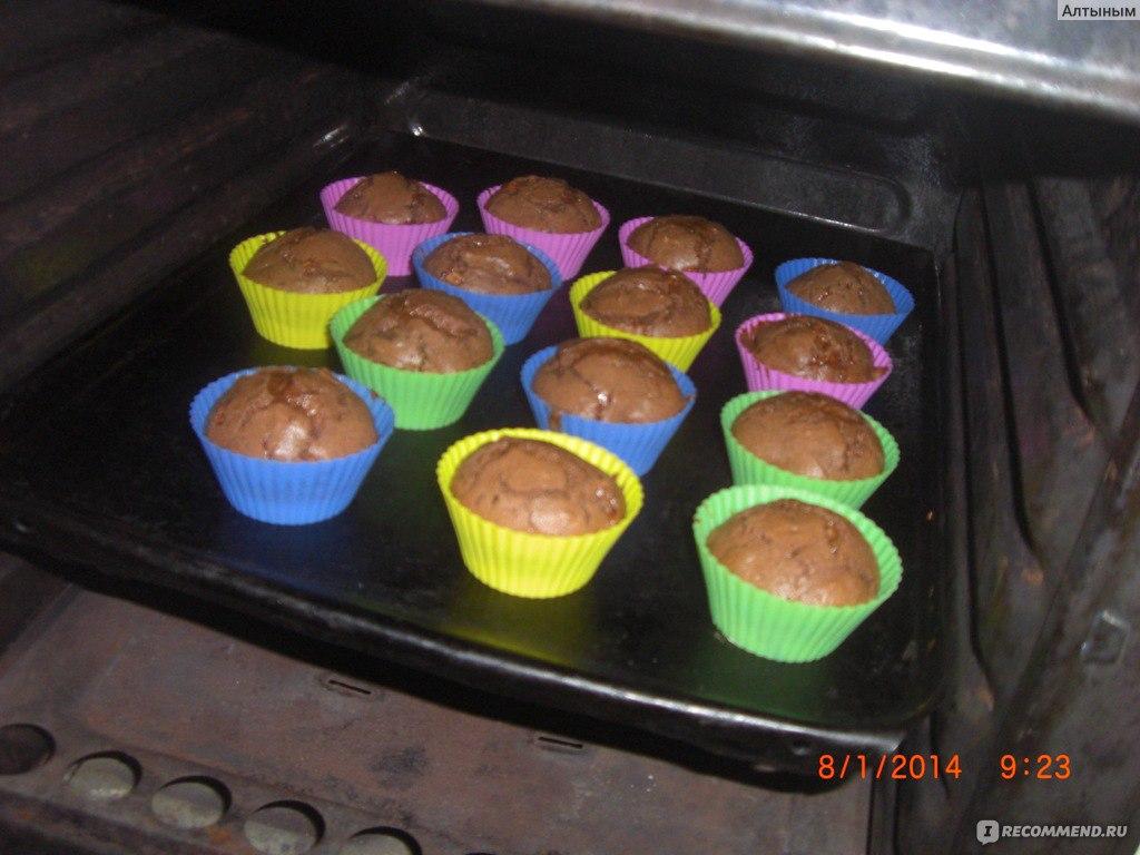 Сколько печь кексы в силиконовых формочках