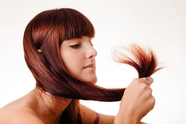 Подравнивание кончиков волос в