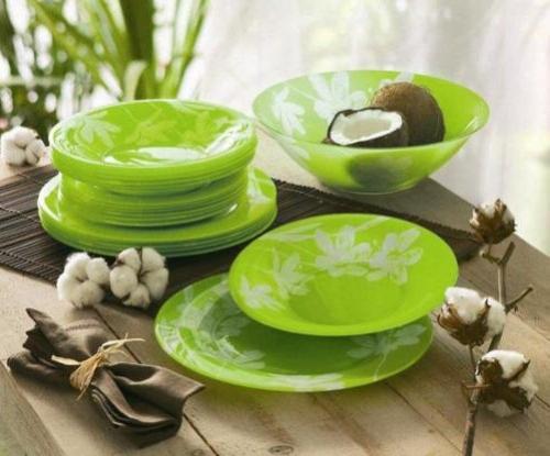 Набор кастрюль зелёного цвета