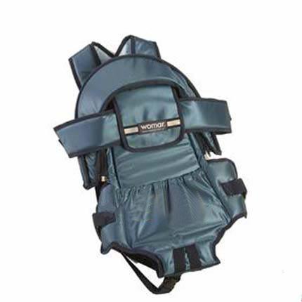 Кенгуру Womar 8 с капюшоном предназначен для детей с двухмесячного возраста.  Кенгуру имеет отстёгивающийся капюшон.