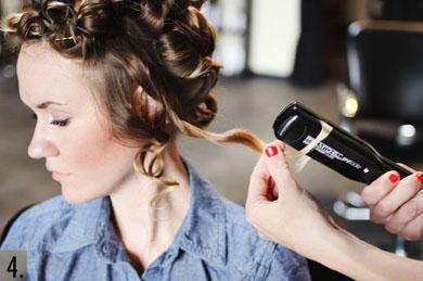 Завивка волос утюжком.