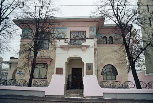 Фото домов на горького