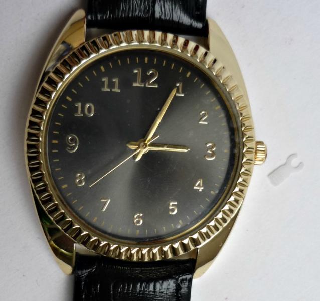 Где приобрести мужские кварцевые часы харви