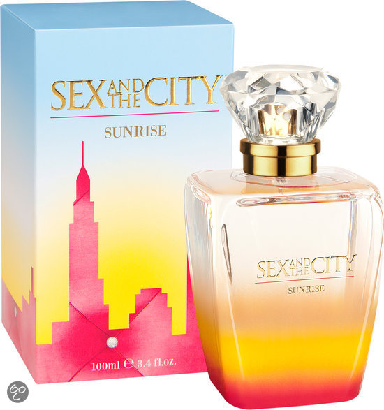 Sex and the city perfume kiss