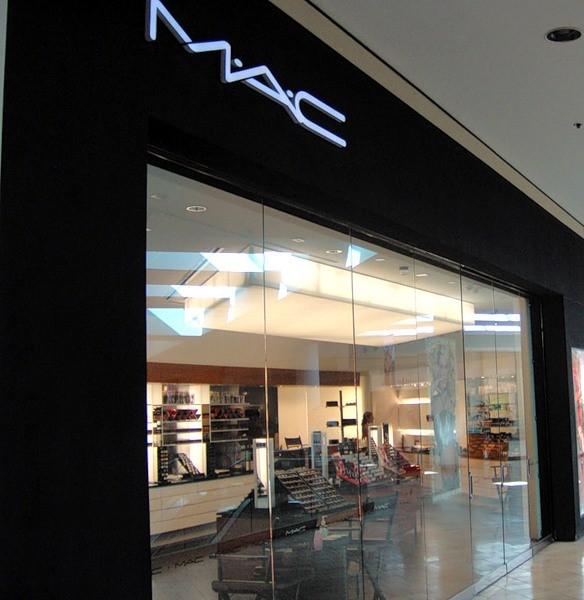 Адрес магазина косметики mac