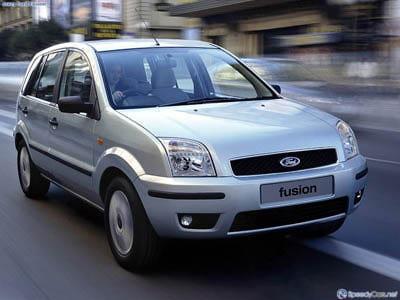 Продам фару переднюю L на Ford Fusion.
