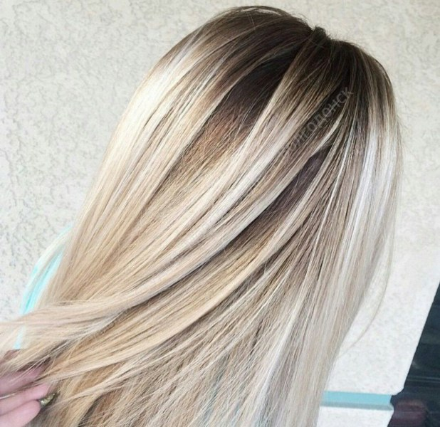 Техника окрашивания волос корней