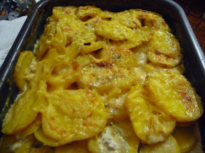 картошка в духовке с сыром и сливками