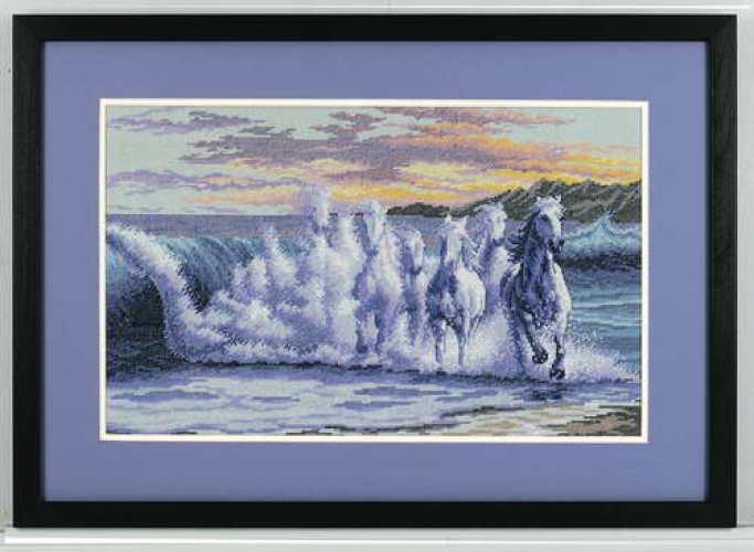Вышивка лошади из моря 8