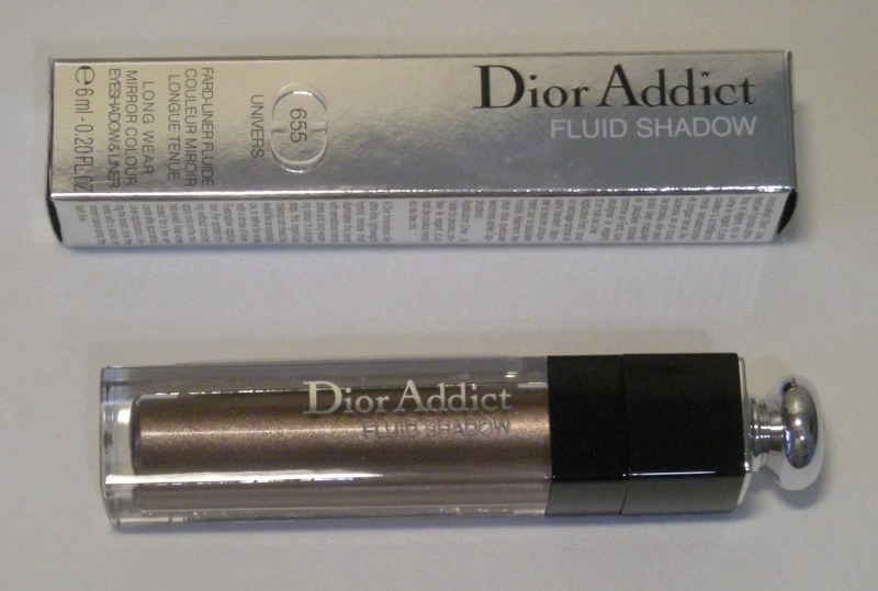Тени для век Dior Addict Fluid Shadow фото aeab96889f090