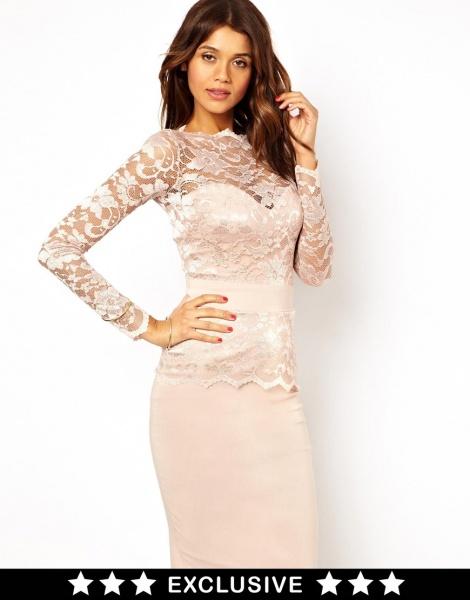 кружевное платье-футляр фото