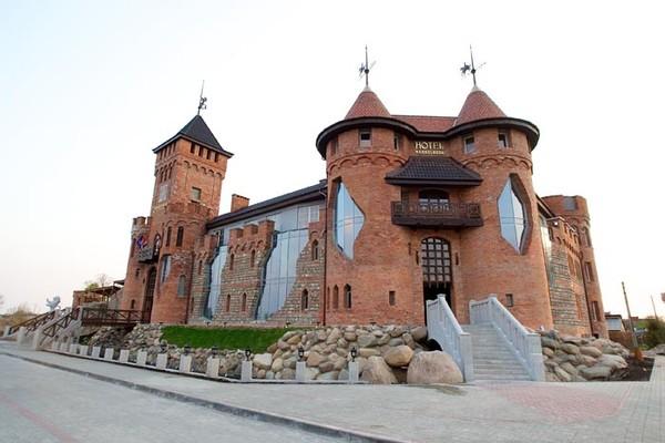 замки калининградской области фото